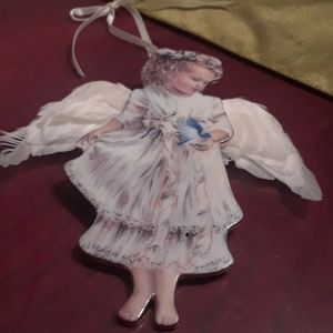 bradford edition Accents - Set of 2 porcelain angel ornaments